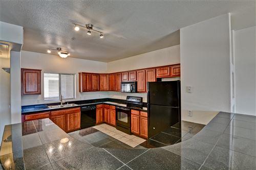 Photo of 920 E DEVONSHIRE Avenue #4025, Phoenix, AZ 85014 (MLS # 6102160)