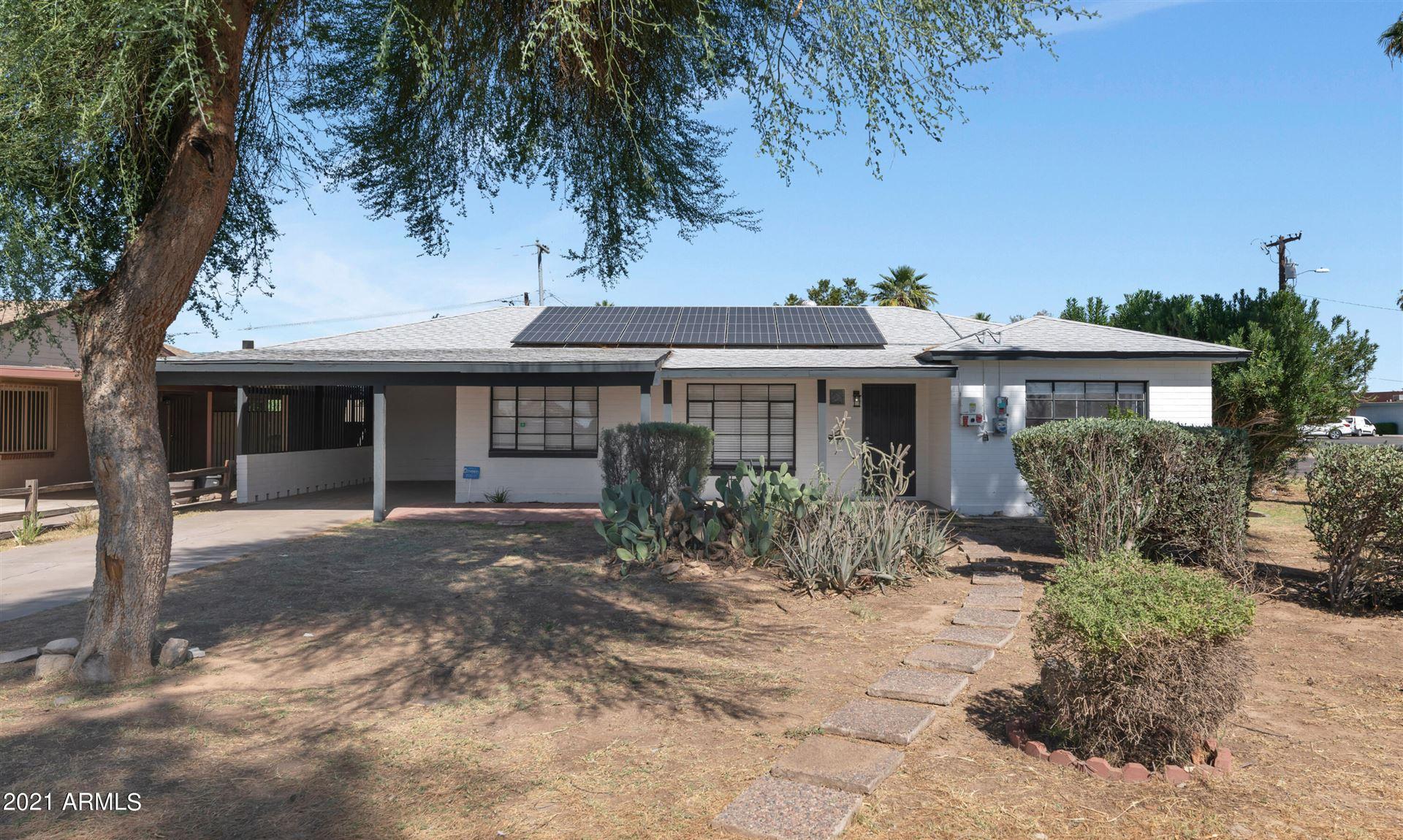 Photo of 5702 W ORANGEWOOD Avenue, Glendale, AZ 85301 (MLS # 6307161)