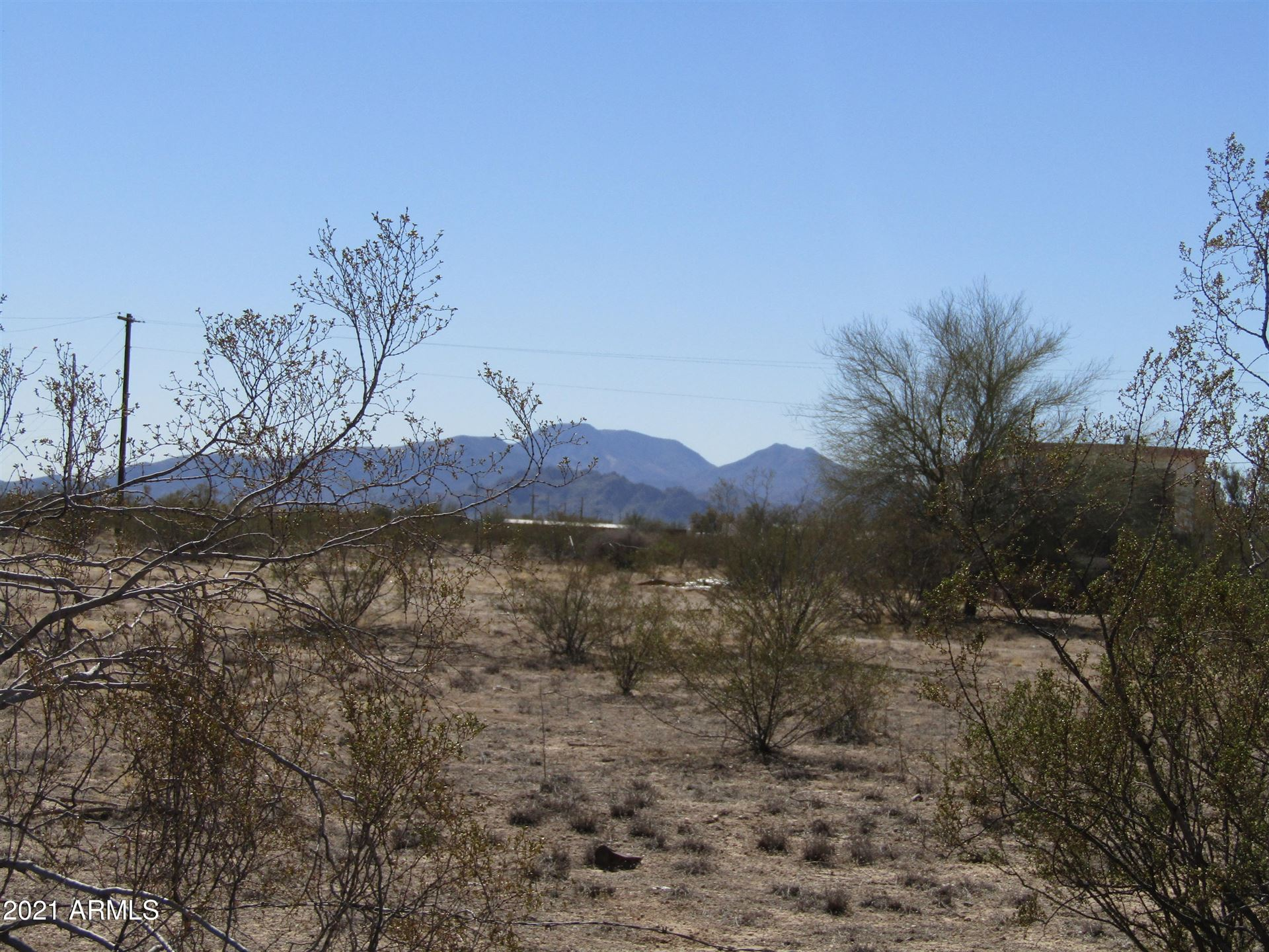 Photo for 52855 W BADGER Road, Maricopa, AZ 85139 (MLS # 6197164)