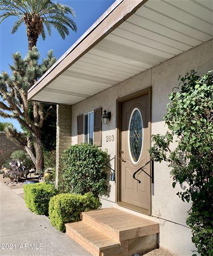 Photo of 4800 N 68TH Street #203, Scottsdale, AZ 85251 (MLS # 6204165)