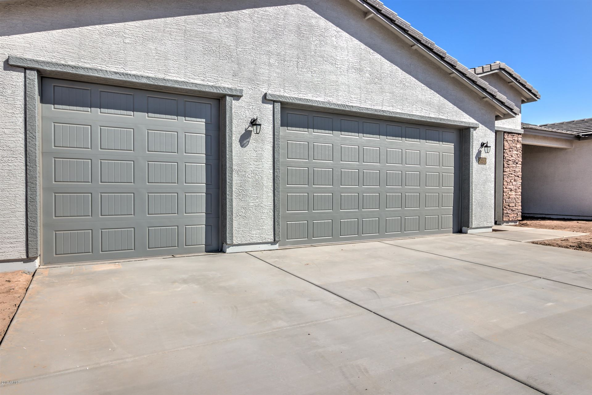 Photo of 223 N 294th Drive, Buckeye, AZ 85396 (MLS # 6198171)
