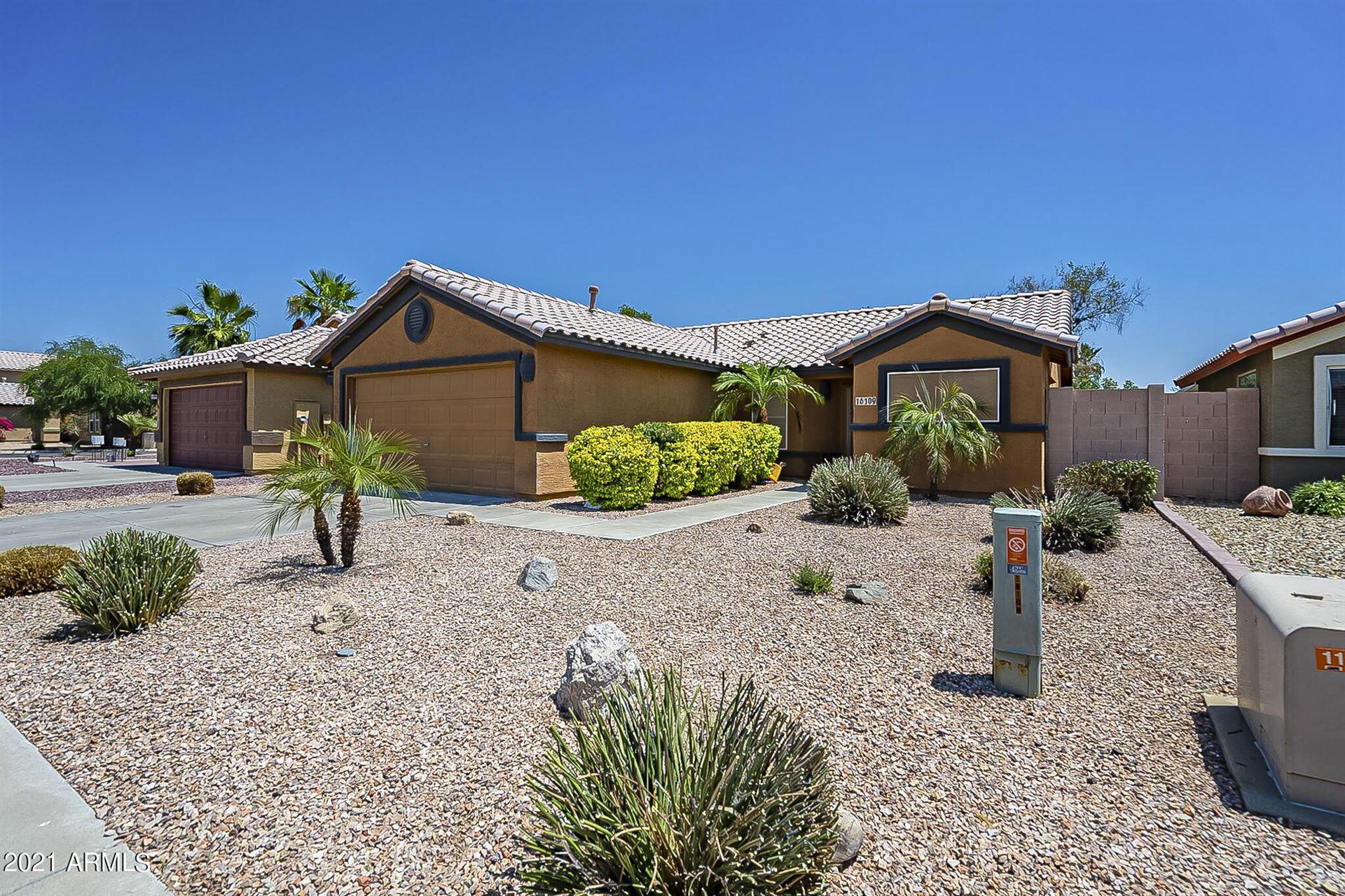 Photo of 16109 W JEFFERSON Street, Goodyear, AZ 85338 (MLS # 6247171)
