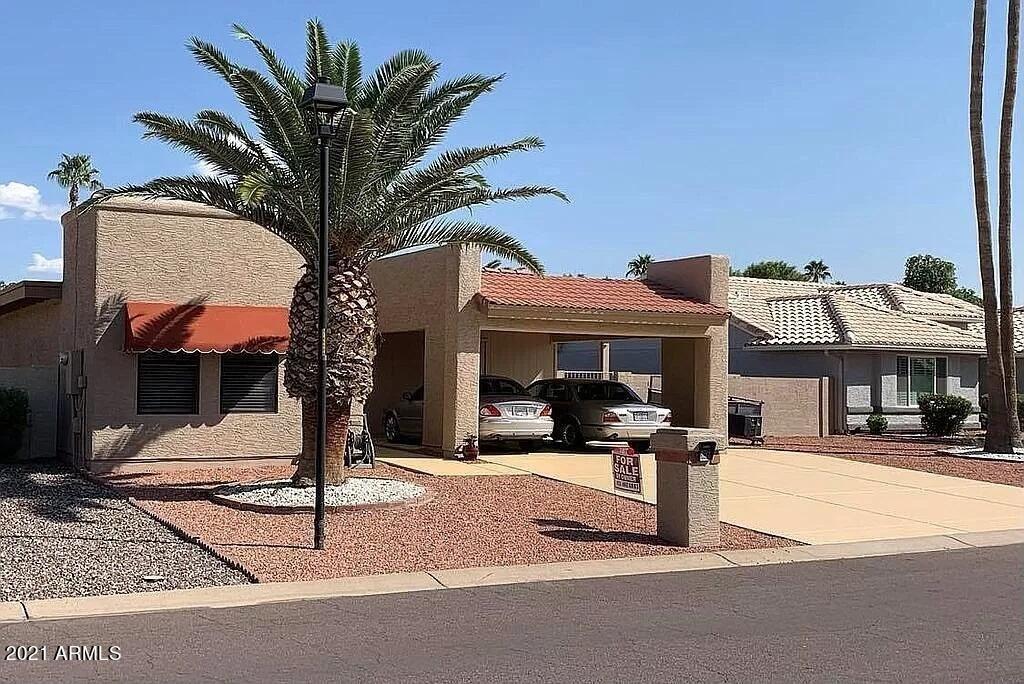 Photo of 26437 S LAKEWOOD Drive, Sun Lakes, AZ 85248 (MLS # 6311180)