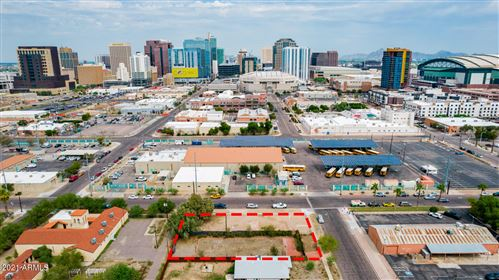Photo of 702 S 2ND Street, Phoenix, AZ 85004 (MLS # 6296182)