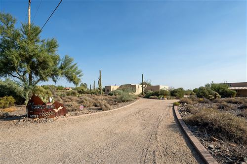 Photo of 6999 E HIGHLAND Road, Cave Creek, AZ 85331 (MLS # 6150183)