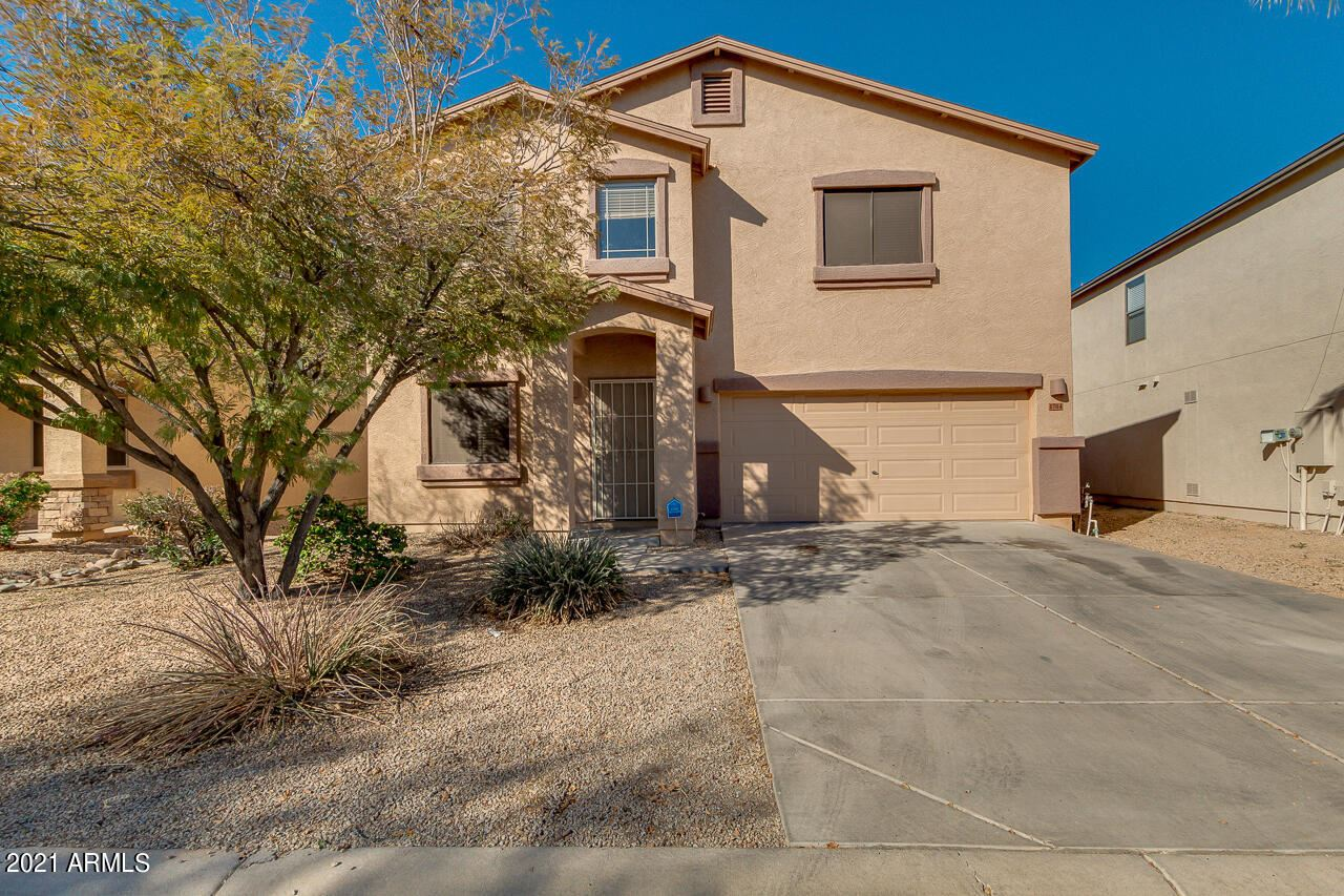 Photo of 1704 E RENEGADE Trail, San Tan Valley, AZ 85143 (MLS # 6200186)