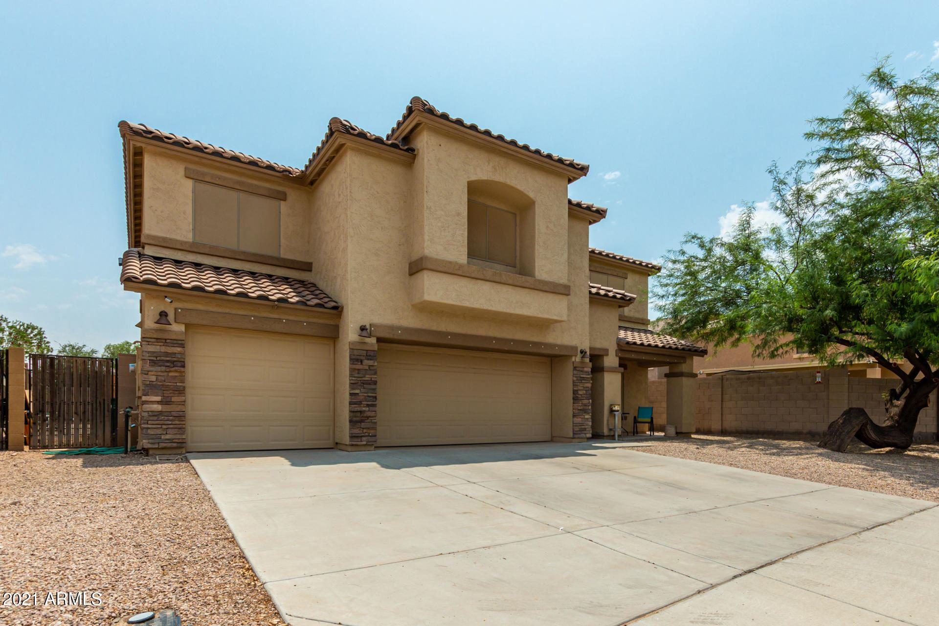 Photo of 19067 N SHELBY Drive, Maricopa, AZ 85138 (MLS # 6269186)