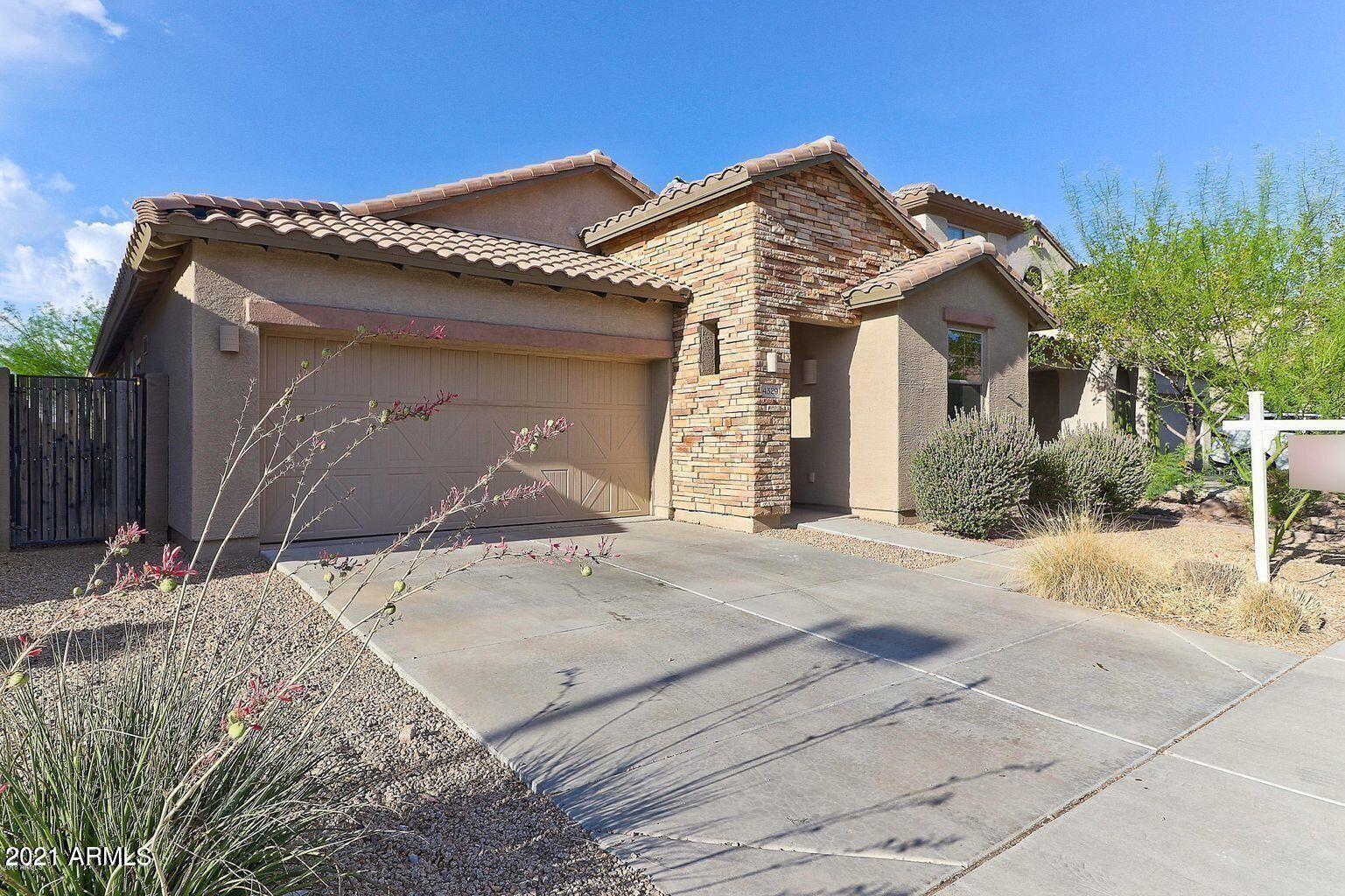 Photo of 4329 W HEYERDAHL Drive, New River, AZ 85087 (MLS # 6306193)