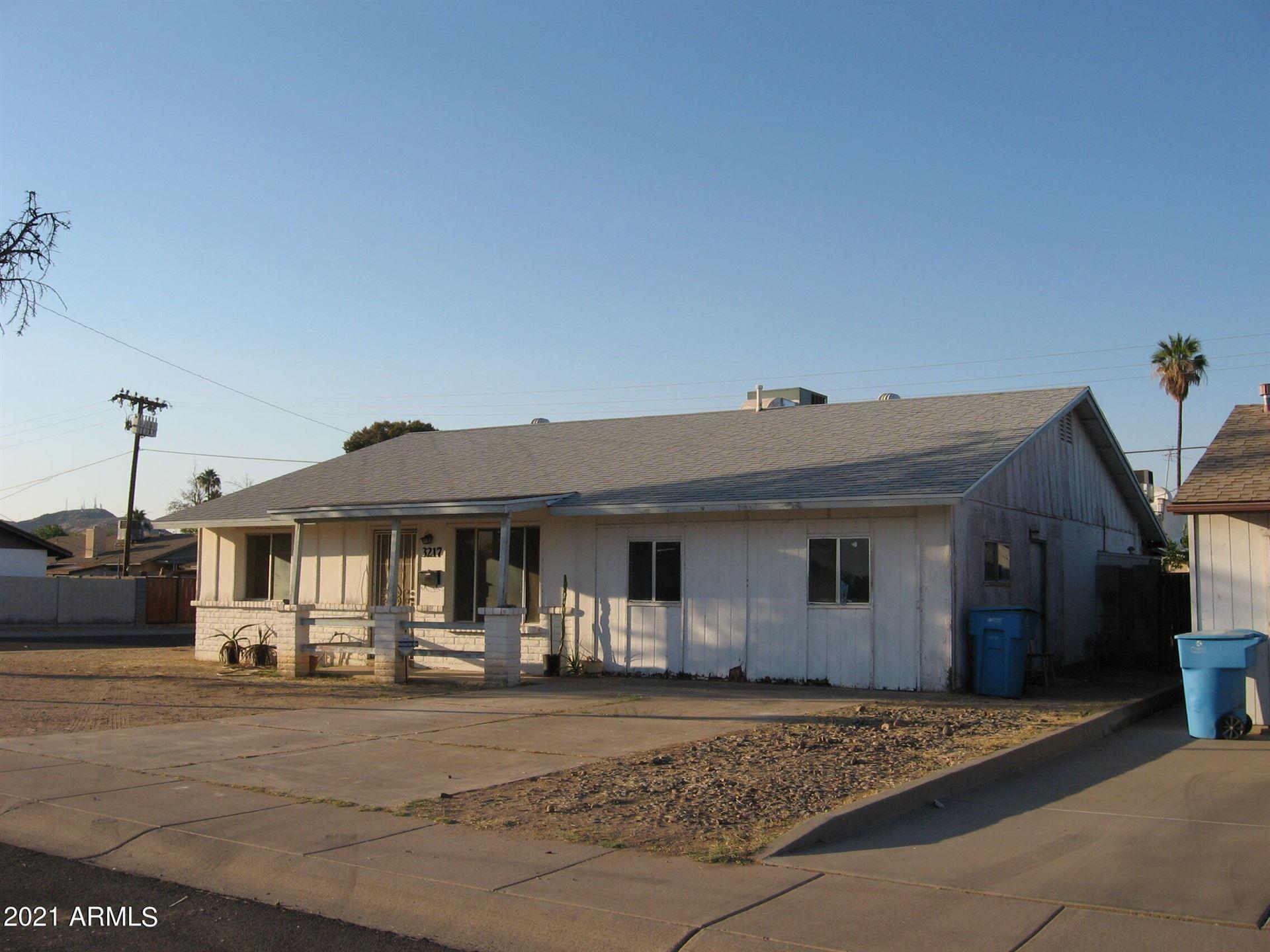 3217 W MANDALAY Lane, Phoenix, AZ 85053 - MLS#: 6250195