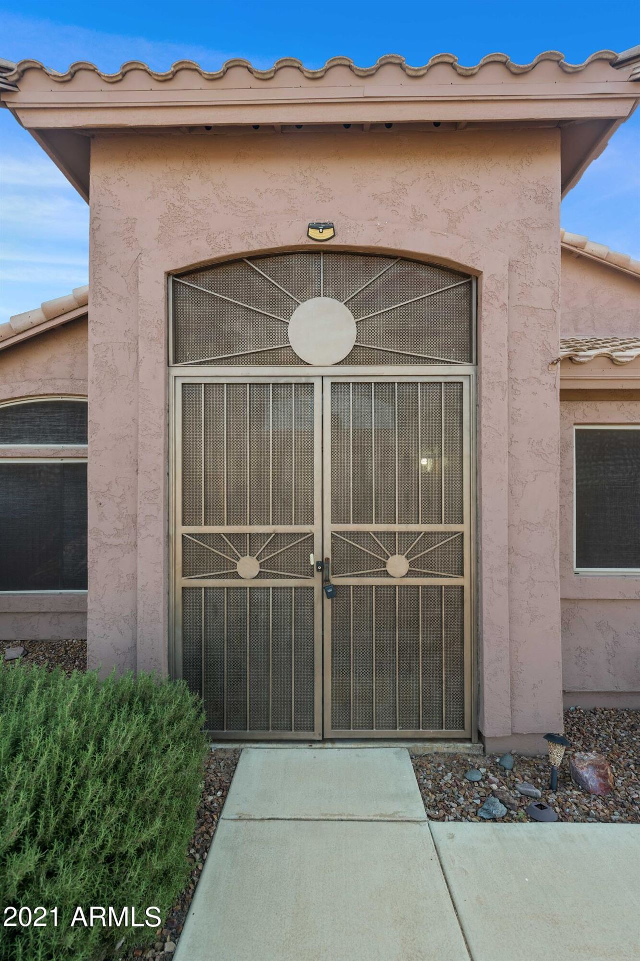 Photo of 885 N ROADRUNNER Road, Apache Junction, AZ 85119 (MLS # 6278195)