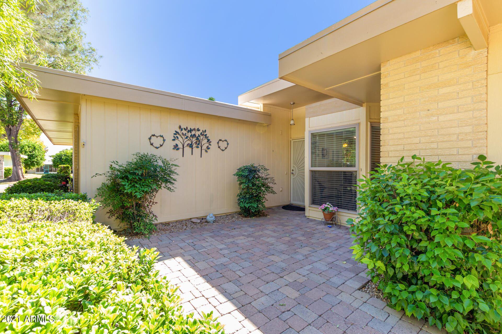 Photo of 10021 W HIGHWOOD Lane, Sun City, AZ 85373 (MLS # 6307196)