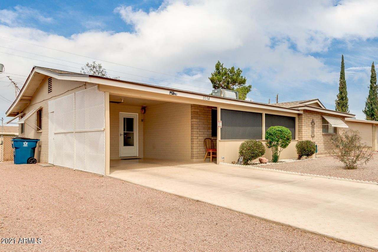 Photo of 1034 S OCOTILLO Drive, Apache Junction, AZ 85120 (MLS # 6230198)
