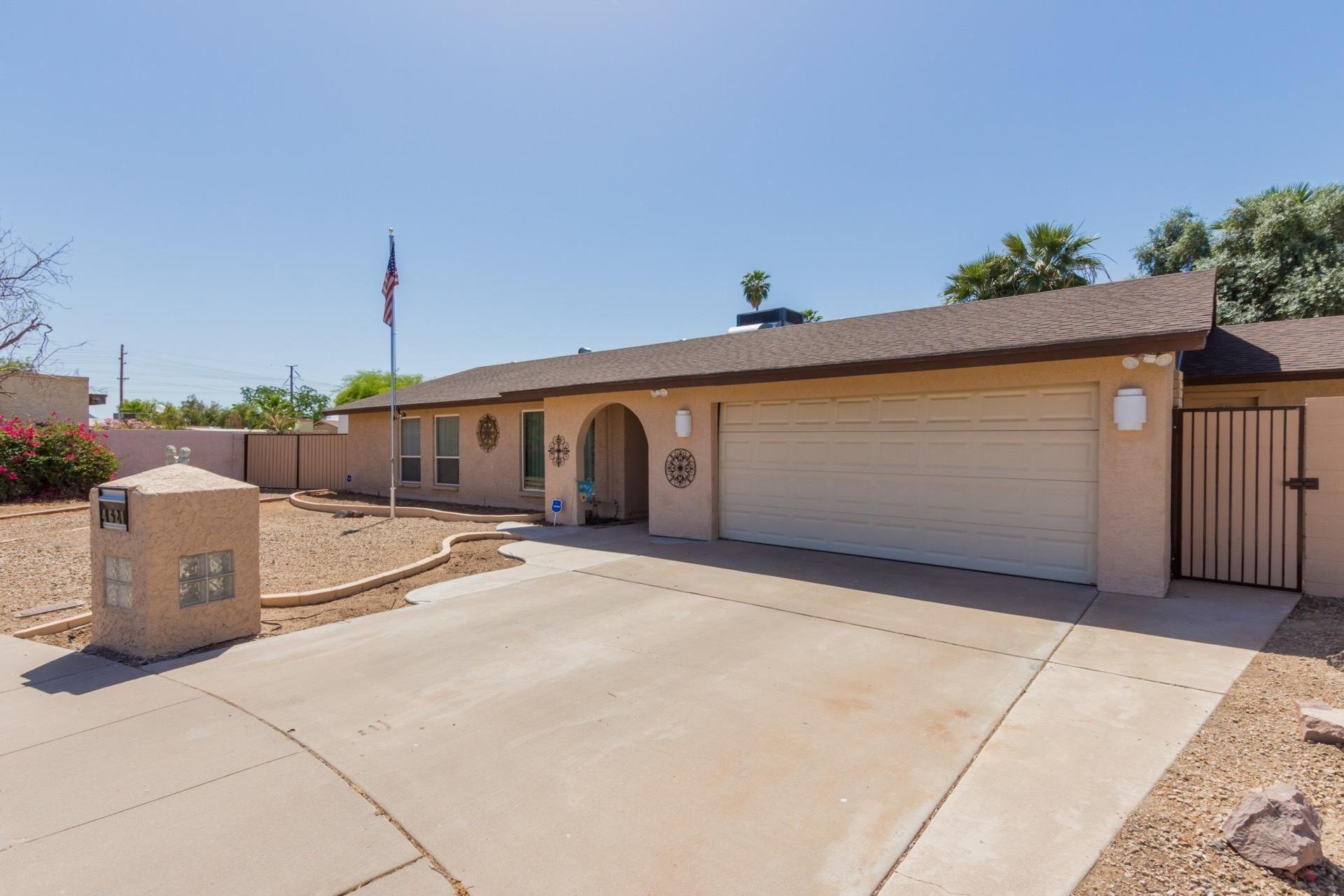 Photo of 4621 W DESERT COVE Avenue, Glendale, AZ 85304 (MLS # 6232199)