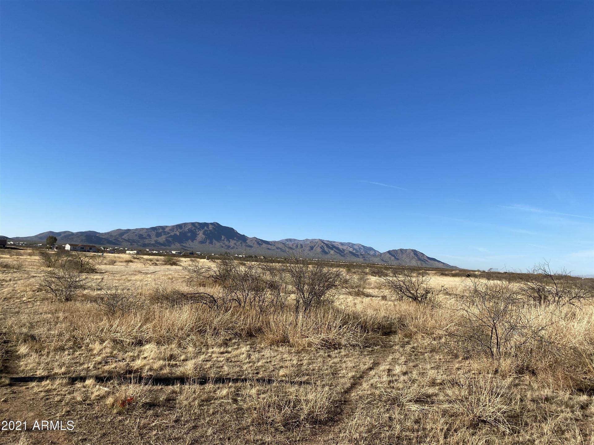 Photo of 0 N 4th Street, Aguila, AZ 85320 (MLS # 6191200)