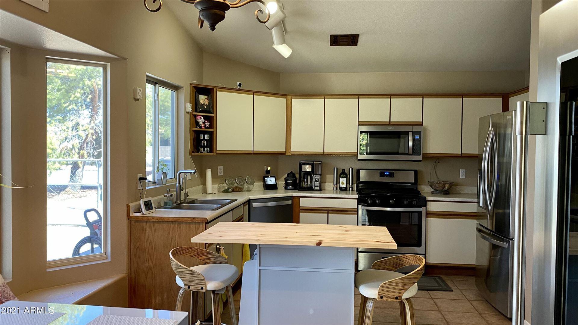 Photo of 312 N James Sherwood Street, Tolleson, AZ 85353 (MLS # 6301202)