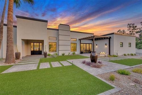Photo of 4921 E ARROYO VERDE Drive, Paradise Valley, AZ 85253 (MLS # 6106206)