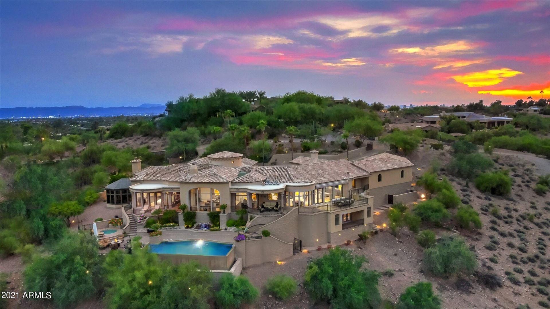 Photo of 4490 E VALLEY VISTA Lane, Paradise Valley, AZ 85253 (MLS # 6303209)