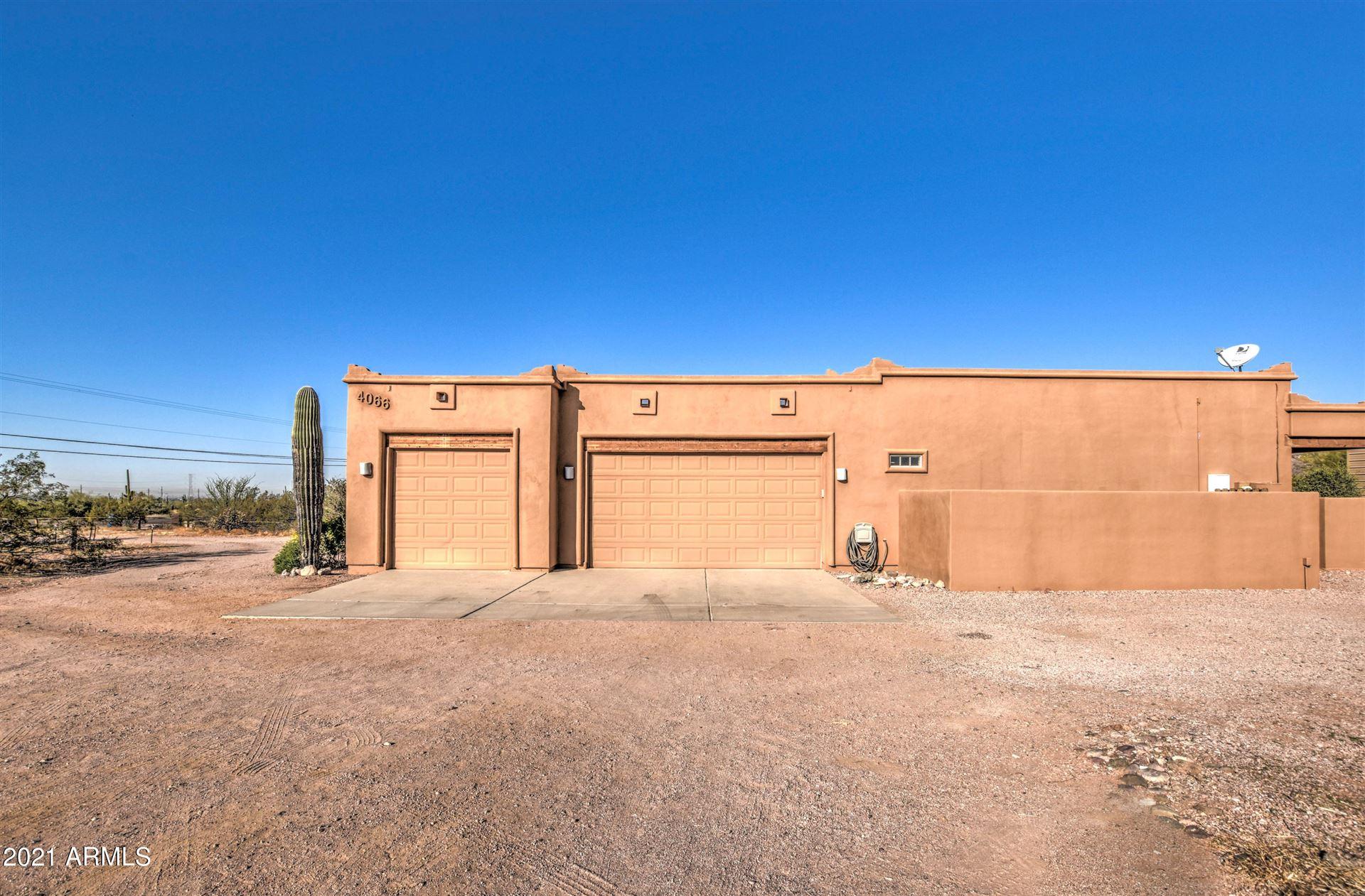 Photo of 4066 N CACTUS Road, Apache Junction, AZ 85119 (MLS # 6198210)