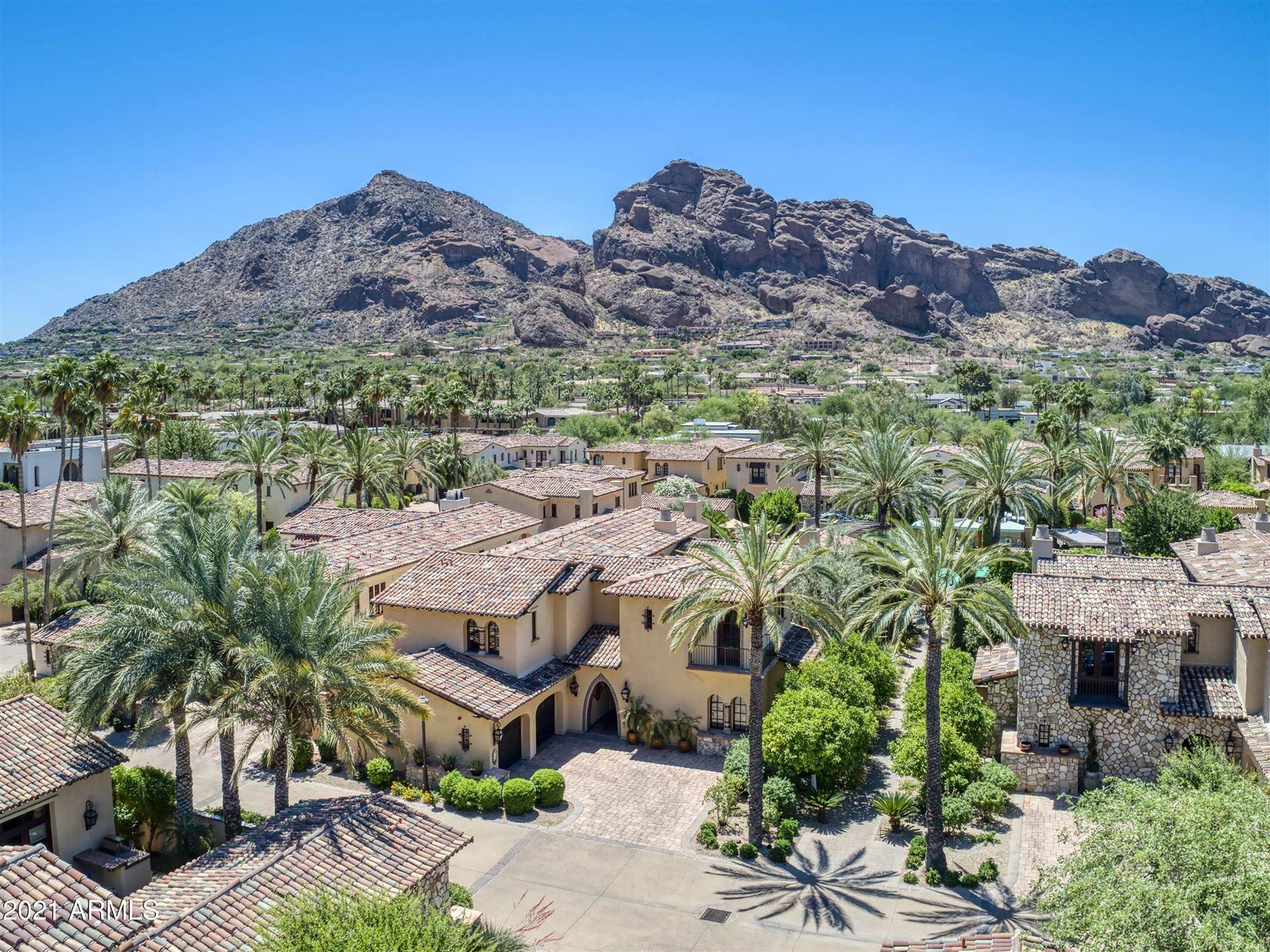 Photo of 4949 E LINCOLN Drive #23, Paradise Valley, AZ 85253 (MLS # 6247212)