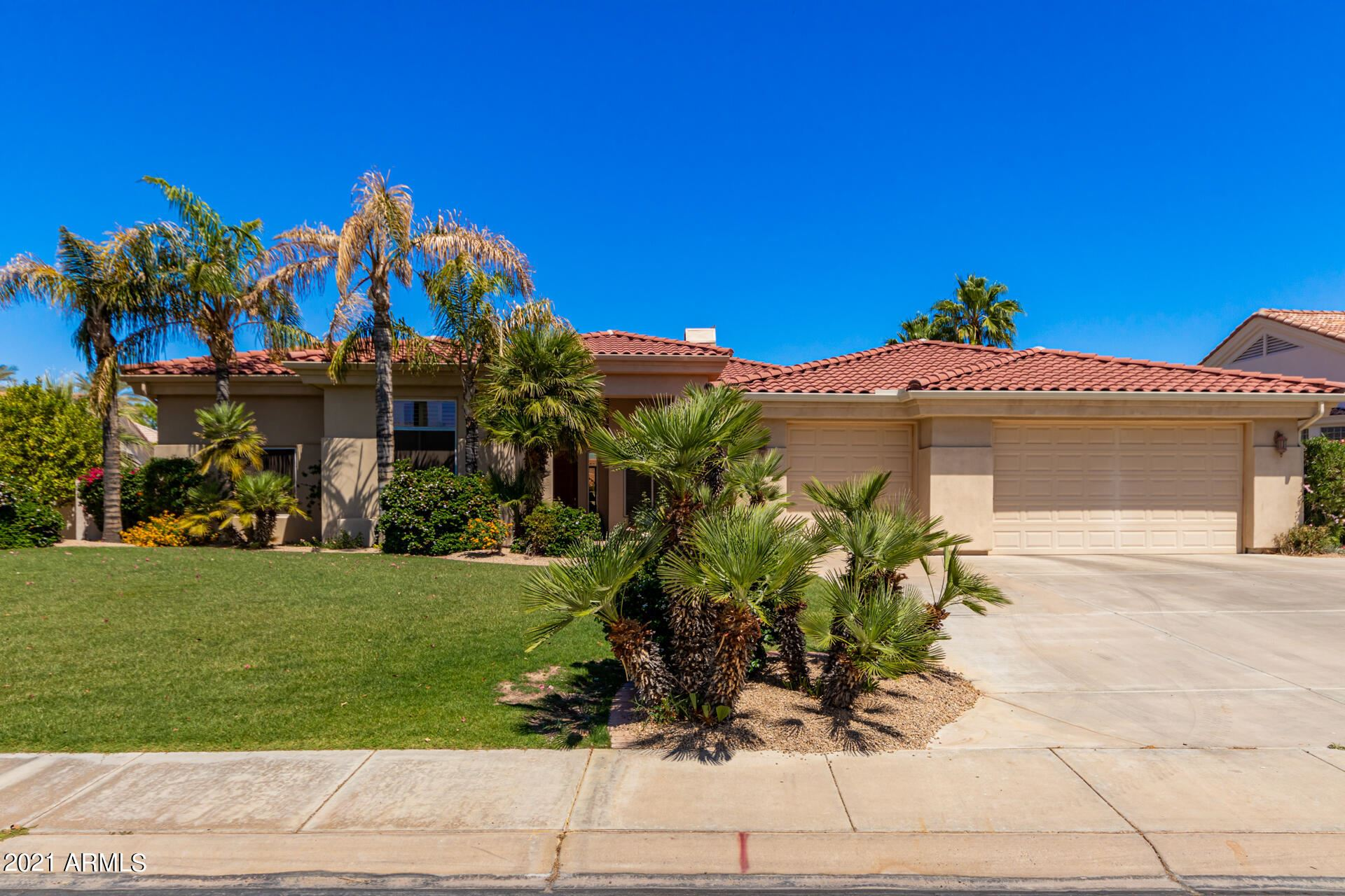 Photo of 14222 W GREENTREE Drive S, Litchfield Park, AZ 85340 (MLS # 6233213)