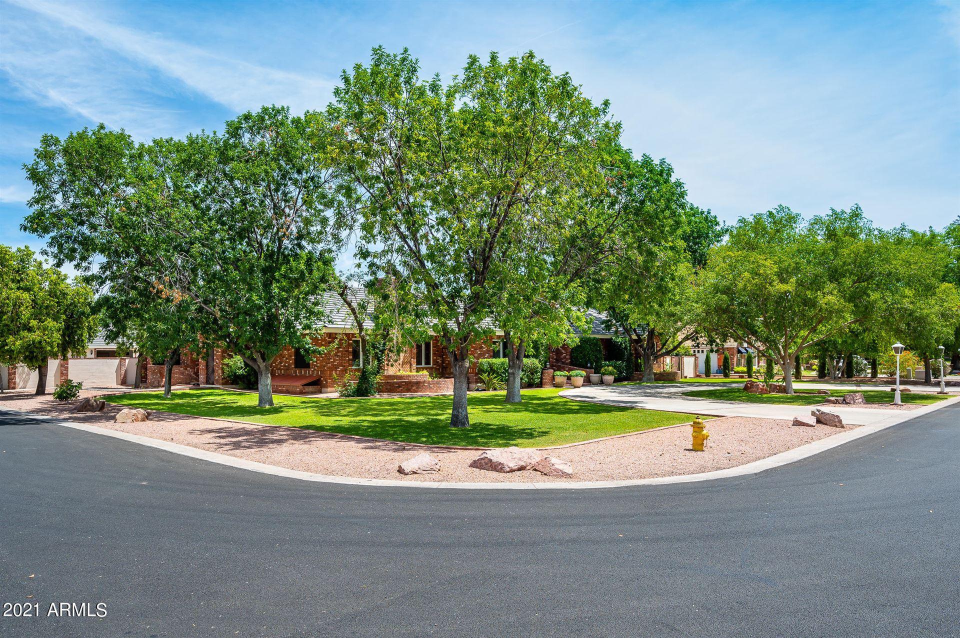Photo of 902 E JUANITA Avenue, Gilbert, AZ 85234 (MLS # 6249213)