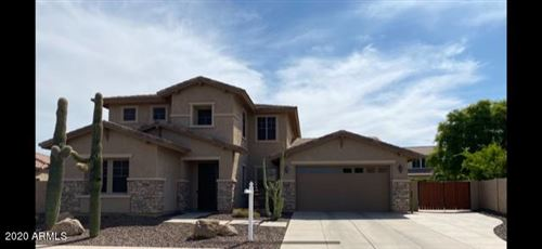Photo of 3857 E SAWTOOTH Drive, Chandler, AZ 85249 (MLS # 6142217)