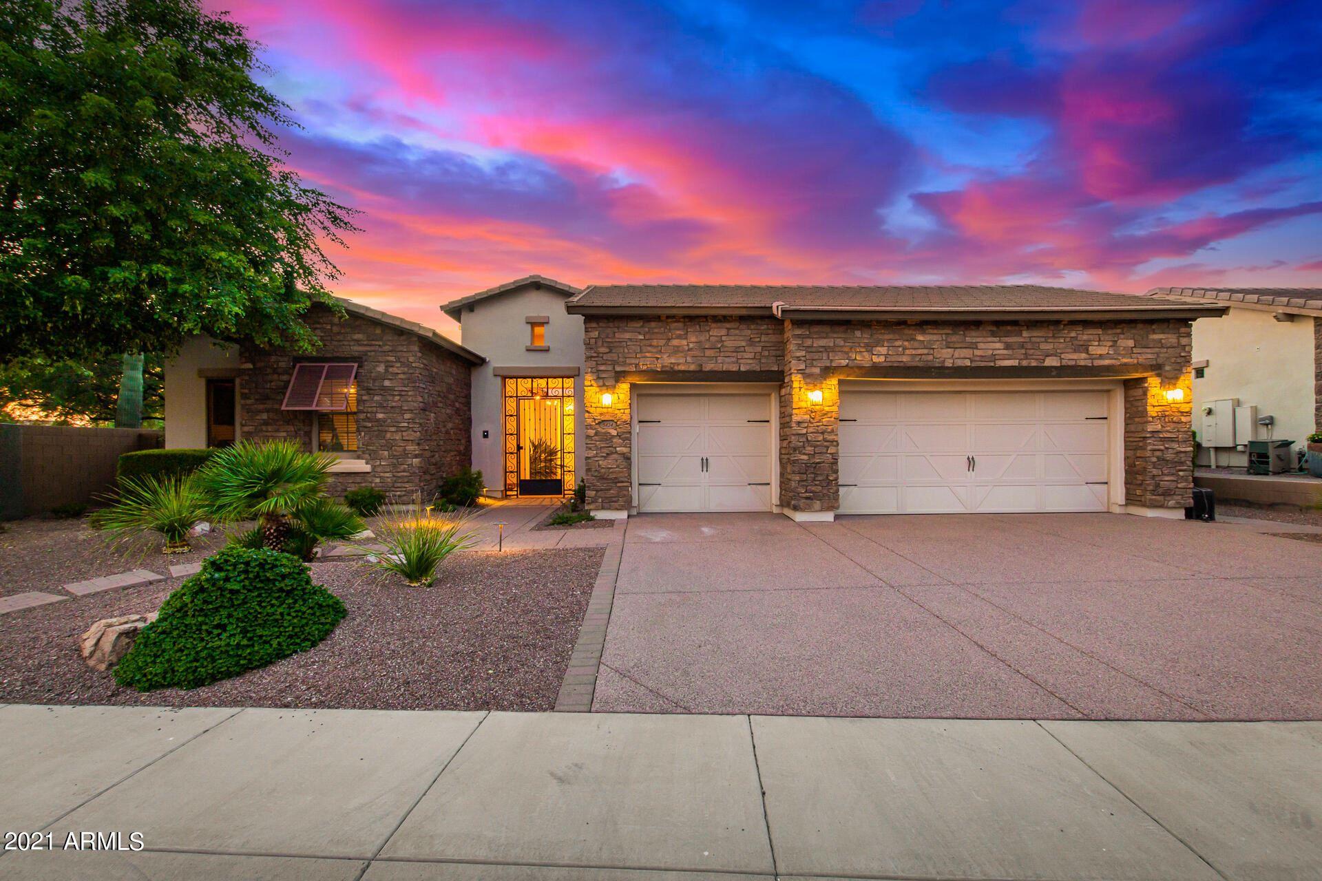 Photo of 5424 E Milton Drive, Cave Creek, AZ 85331 (MLS # 6292218)