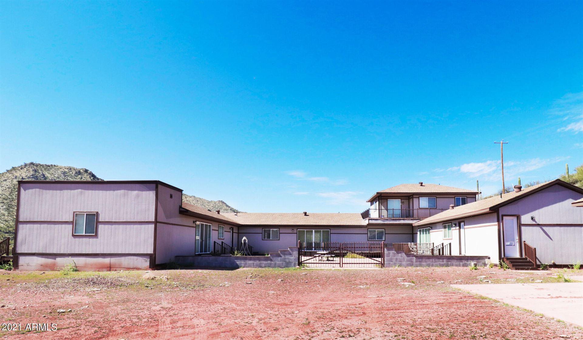 Photo of 6250 E CHAMPIE Road, Morristown, AZ 85342 (MLS # 6218220)