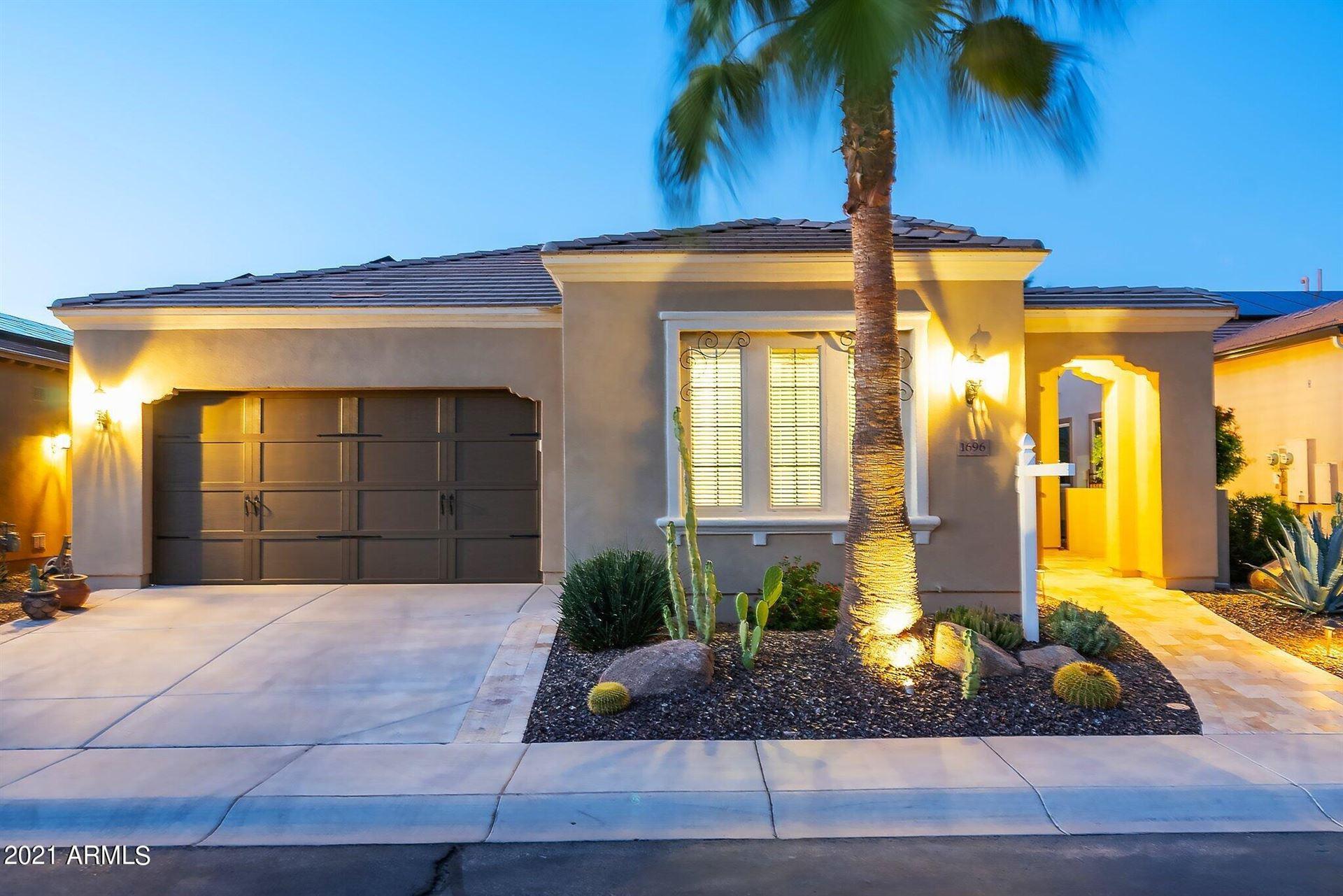 Photo of 1696 E ALEGRIA Road, Queen Creek, AZ 85140 (MLS # 6305221)