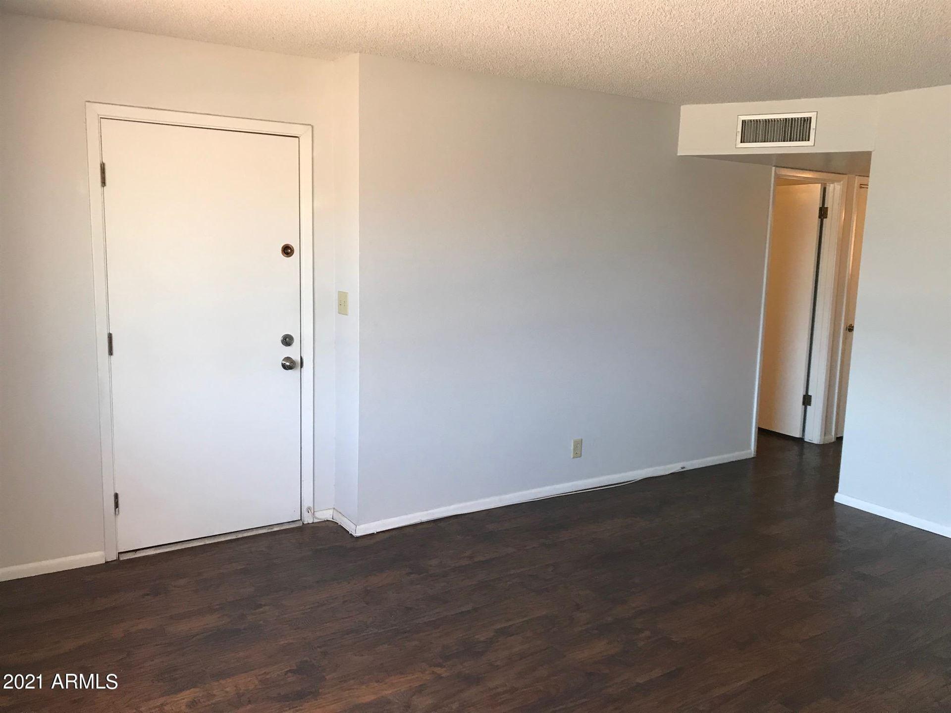 Photo of 6140 E AKRON Street, Mesa, AZ 85205 (MLS # 6232223)