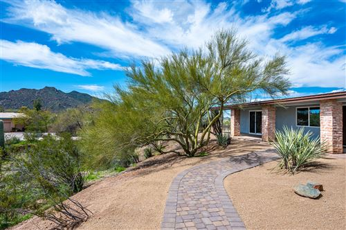 Photo of 7714 E Primrose Path Path, Carefree, AZ 85377 (MLS # 6052225)