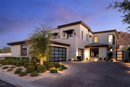 Photo of 5707 E VILLAGE Drive, Paradise Valley, AZ 85253 (MLS # 6104226)