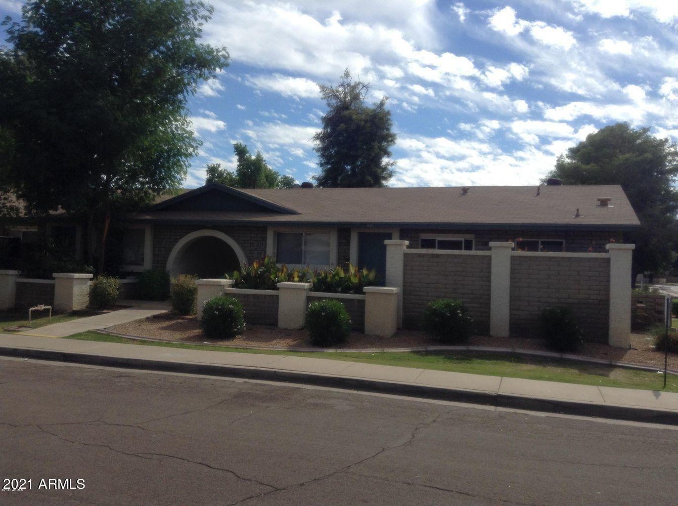 Photo of 915 W Malibu Drive, Tempe, AZ 85282 (MLS # 6269227)
