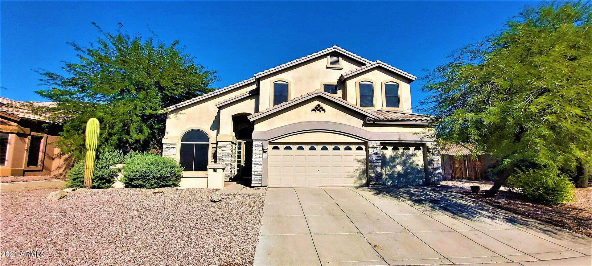 Photo of 3741 N LADERA Circle, Mesa, AZ 85207 (MLS # 6296228)