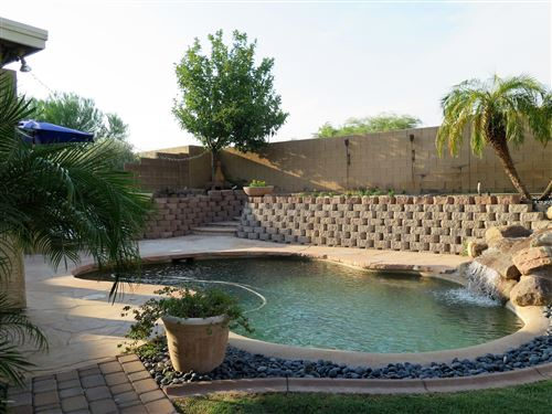 Photo of 6968 W HONEYSUCKLE Drive, Peoria, AZ 85383 (MLS # 6125231)