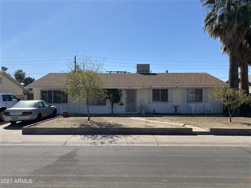 Photo of 7015 W CAMELBACK Road, Phoenix, AZ 85033 (MLS # 6203235)