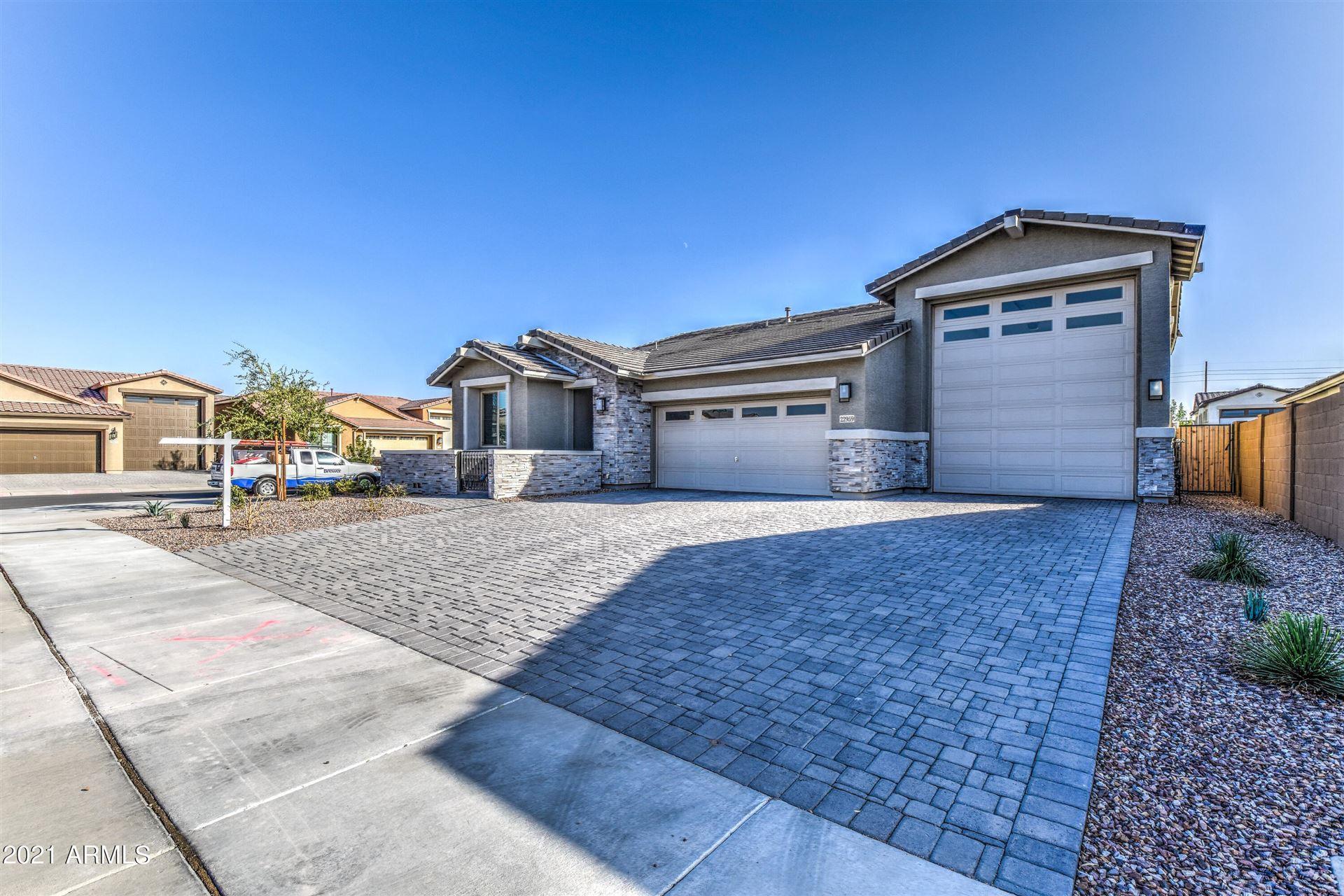 Photo of 22959 E DOMINGO Road, Queen Creek, AZ 85142 (MLS # 6307237)