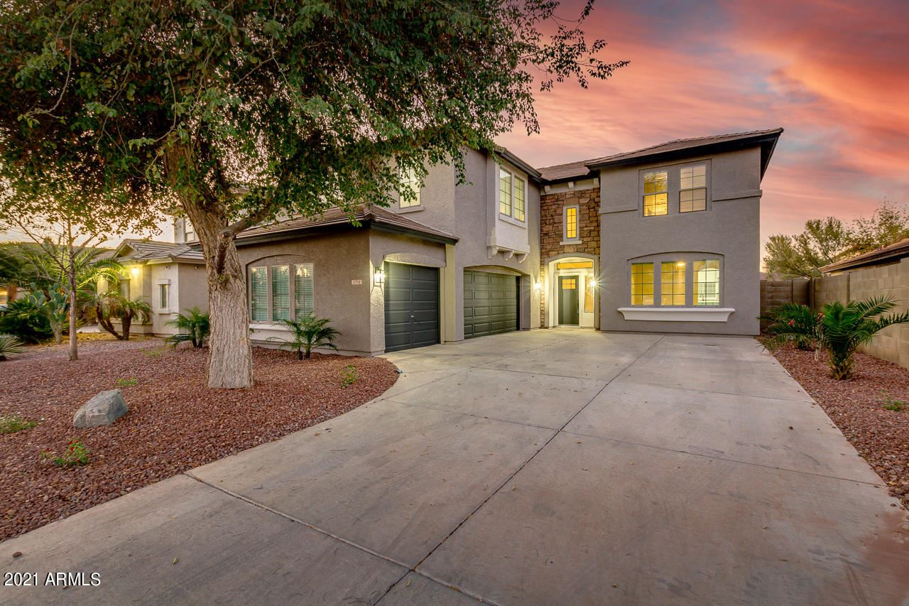 Photo of 11718 W COCOPAH Street, Avondale, AZ 85323 (MLS # 6198238)