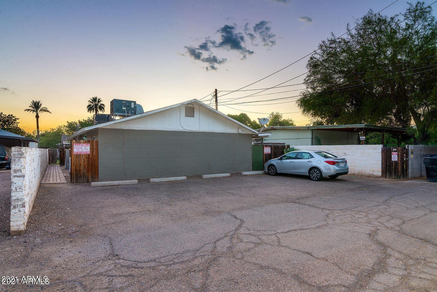 Photo of 521 W 10th Street, Tempe, AZ 85281 (MLS # 6311240)