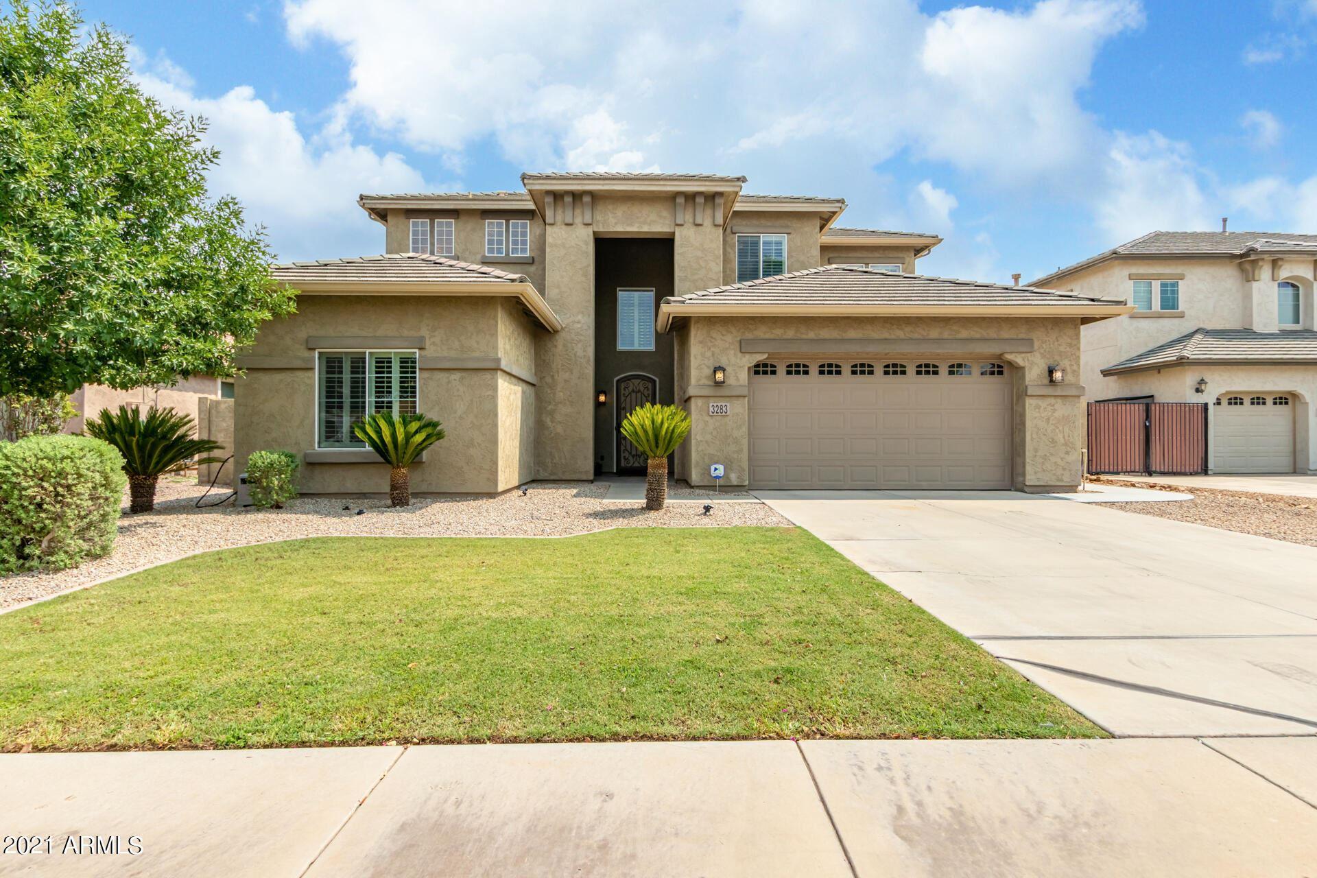 Photo of 3283 E FAIRVIEW Street, Gilbert, AZ 85295 (MLS # 6269243)