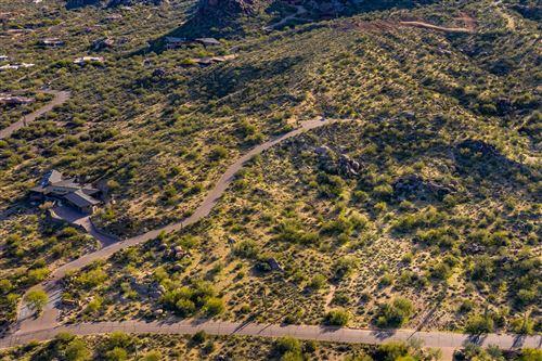 Photo of 37284 N Nighthawk Way, Carefree, AZ 85377 (MLS # 6070244)
