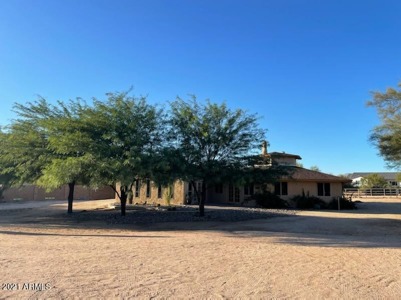 Photo of 6232 E WINDSTONE Trail, Cave Creek, AZ 85331 (MLS # 6308244)