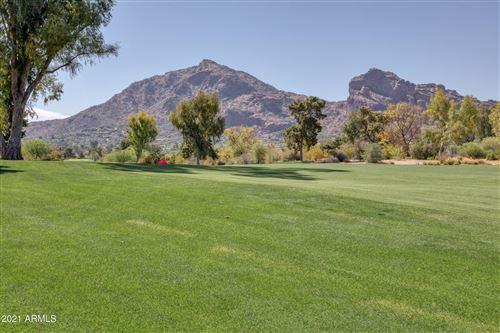 Photo of 6855 N Pepper Tree Lane, Paradise Valley, AZ 85253 (MLS # 6297252)