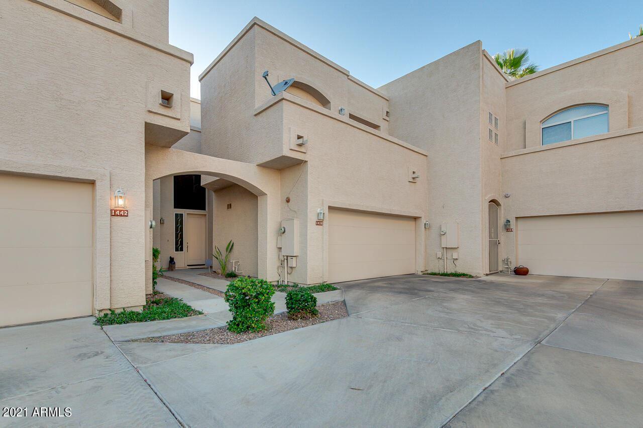 Photo of 1438 W CORAL REEF Drive, Gilbert, AZ 85233 (MLS # 6232253)