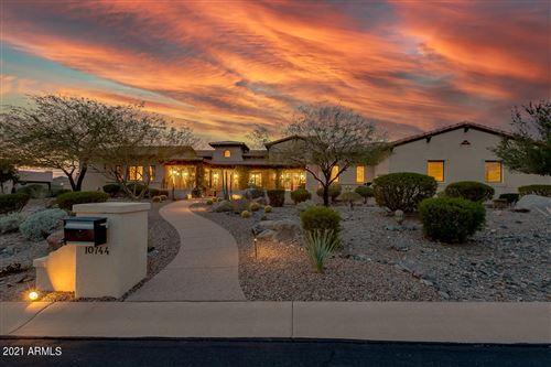 Photo of 10744 E COPA DEL ORO Lane, Gold Canyon, AZ 85118 (MLS # 6190258)