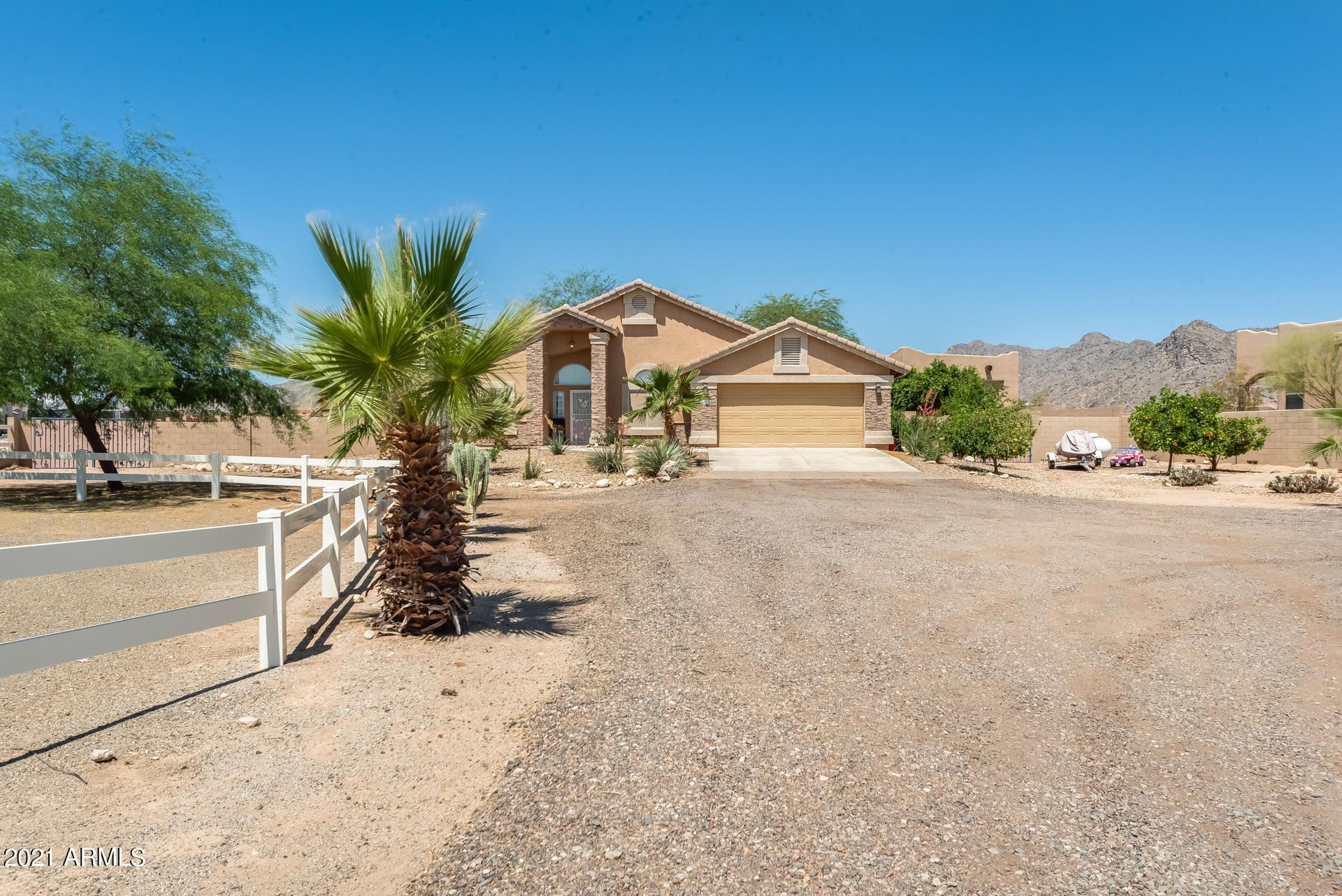 Photo of 5012 N TUTHILL Road, Litchfield Park, AZ 85340 (MLS # 6233258)