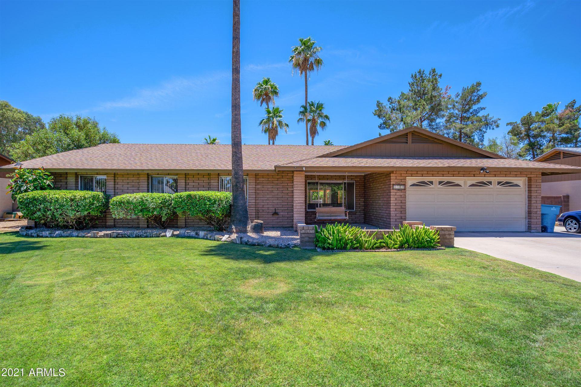 Photo of 4501 E KELTON Lane, Phoenix, AZ 85032 (MLS # 6248259)