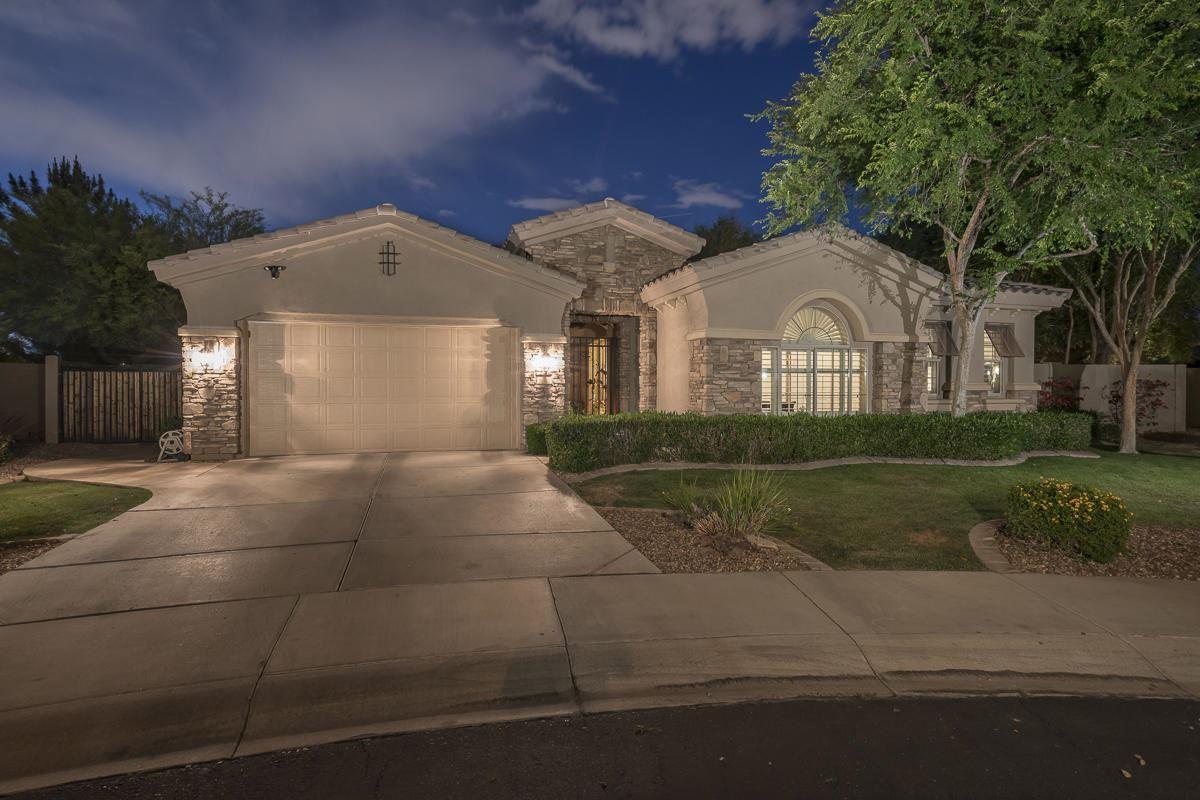 Photo of 5023 S PINNACLE Place, Chandler, AZ 85249 (MLS # 6230265)
