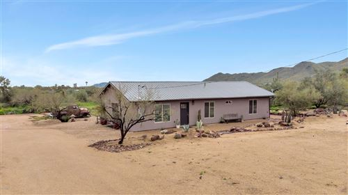 Photo of 47 W CIRCLE MOUNTAIN Road, New River, AZ 85087 (MLS # 6052267)
