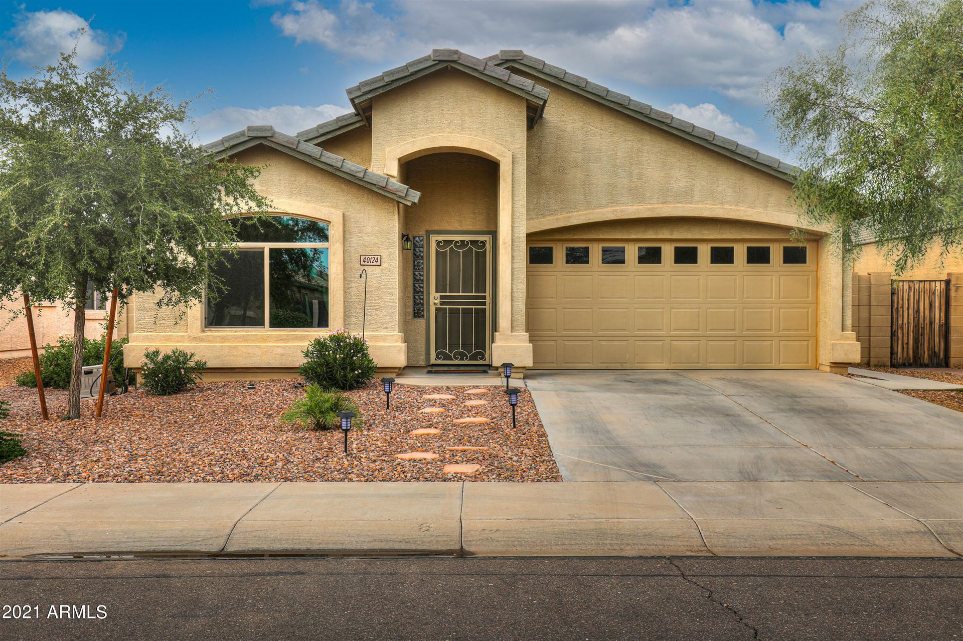 Photo of 40124 W NOVAK Lane, Maricopa, AZ 85138 (MLS # 6285270)